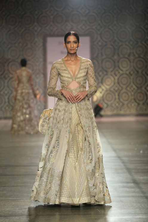 Collection by Rimple & Harpreet Narula (5) at FDCI India Couture Week 2016