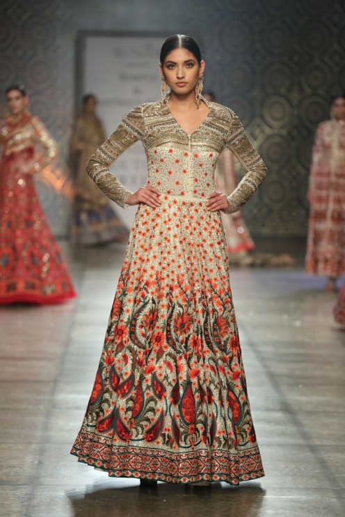 Collection by Rimple & Harpreet Narula (6) at FDCI India Couture Week 2016