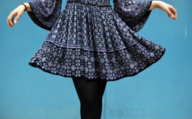 how-to-wear-dresses-in-winter-eatstyleshop-2