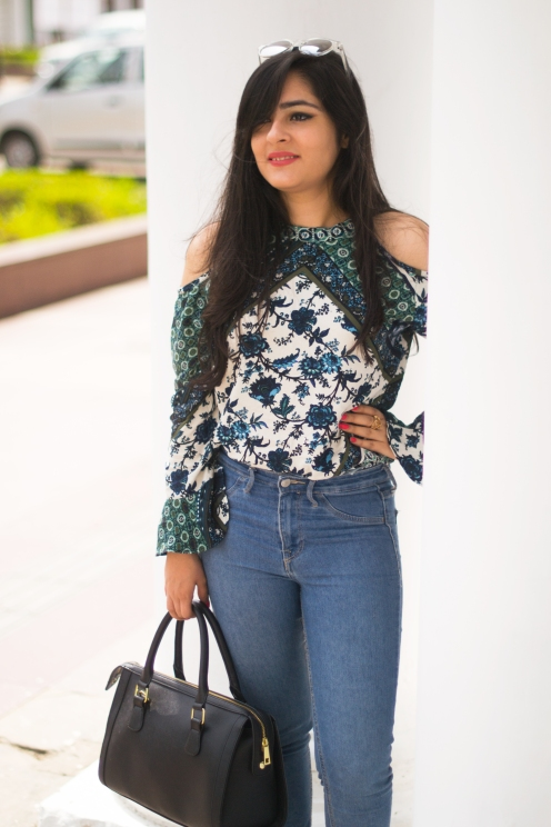 how to wear cold shoulder top eatstyleshop 3